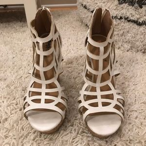 Charlotte Russe White Wedges